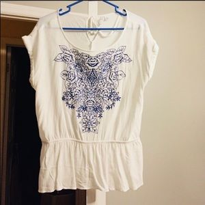Elle short sleeve white white with blue flowers